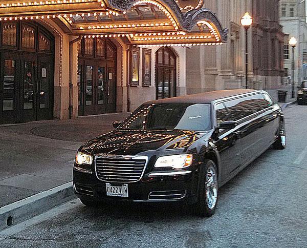 10 passenger black chrysler 300 exterior