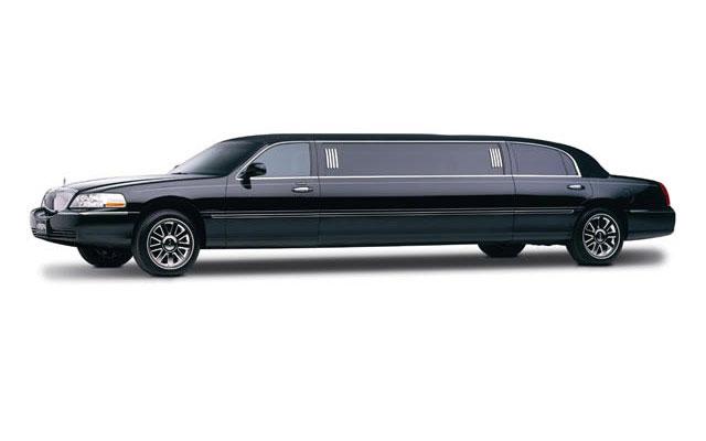 10 passenger black lincoln towncar exterior