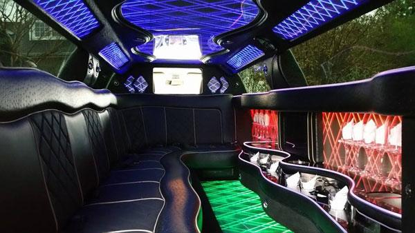 10 passenger white chrysler 300 interior